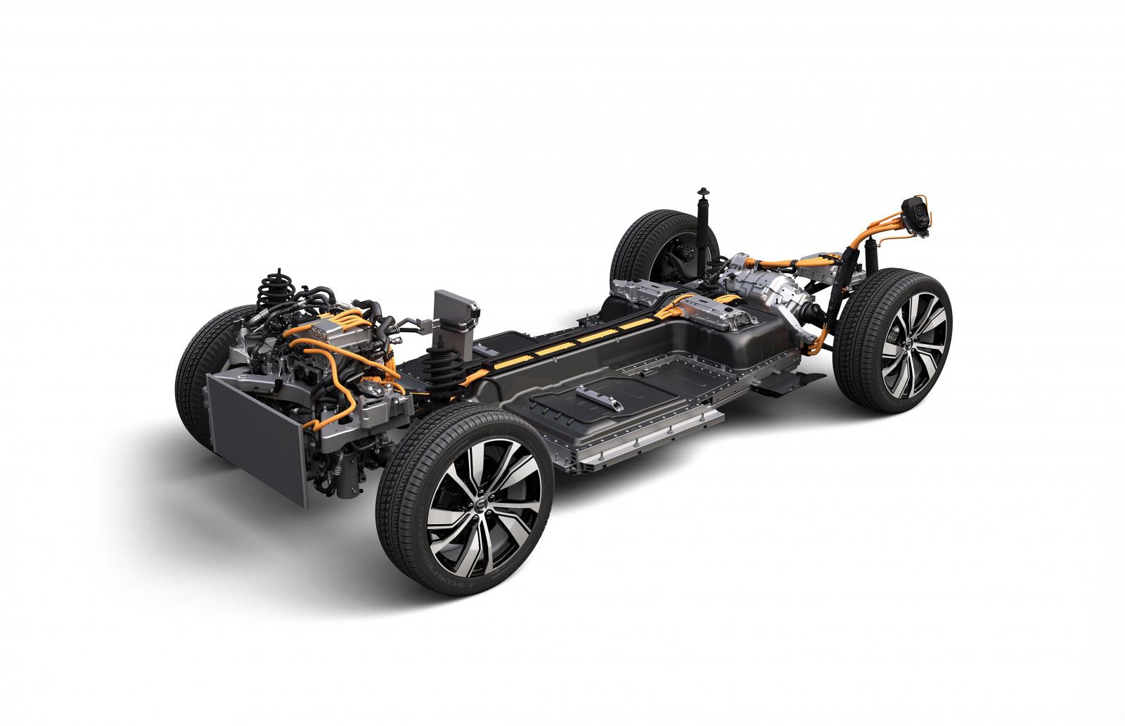 「欧州の一部で受注を開始したボルボ初のEV「ボルボ XC40 リチャージ P8 AWD」とは?」の2枚目の画像