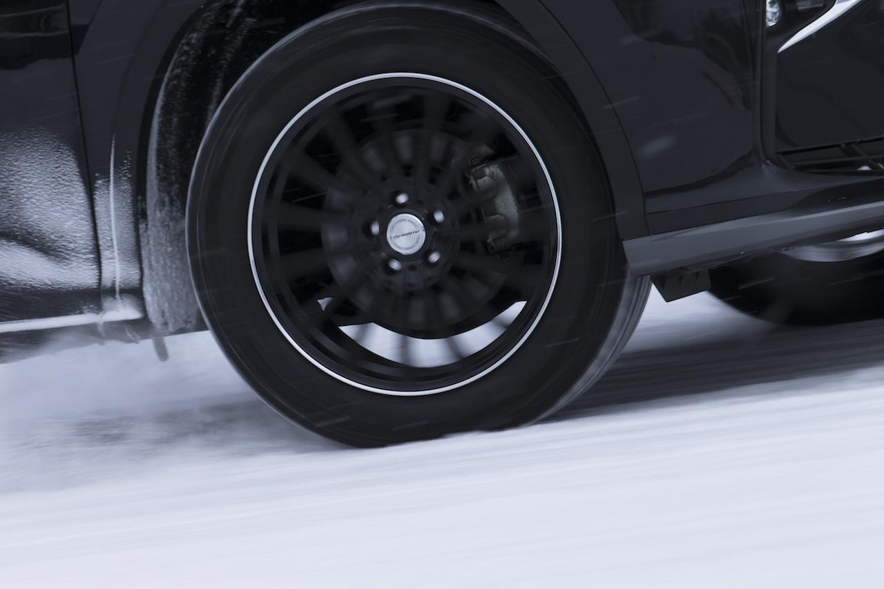 「多様で過酷な日本の冬道に対応する、新スタッドレスタイヤ「MICHELIN X-ICE SNOW」が新登場」の20枚目の画像