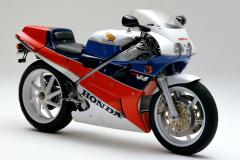 VFR750R_RC30