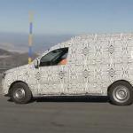 自慢は安さとパワフルな走り。ダチア版「カングー」の新型プロトタイプ、ワインディング・ロードで躍動 - Dacia Dokker003