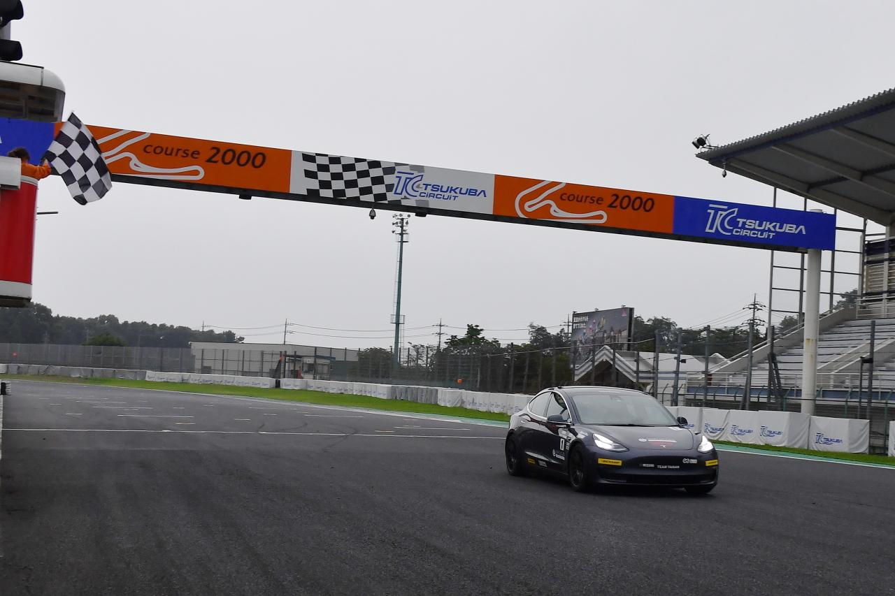 「早くも第2戦を迎えたEVレース・ALL JAPAN EV-GP SERIES 第2戦はテスラ3が圧勝」の6枚目の画像