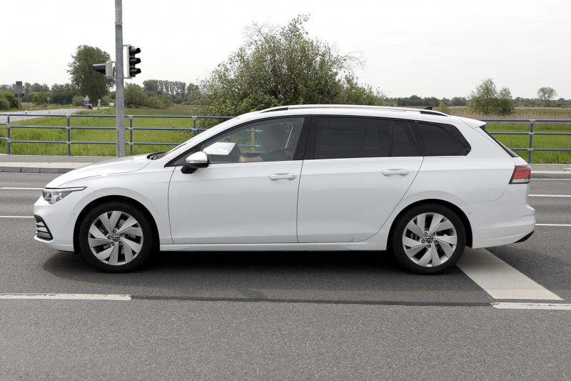 VW ゴルフ ヴァリアント_004