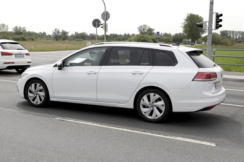 VW ゴルフ ヴァリアント_005
