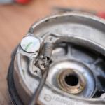 旧車再生の基本・リヤブレーキとチェーンを交換【49年前のCB125は直るのか? 素人再生記】 - cb125k_break03