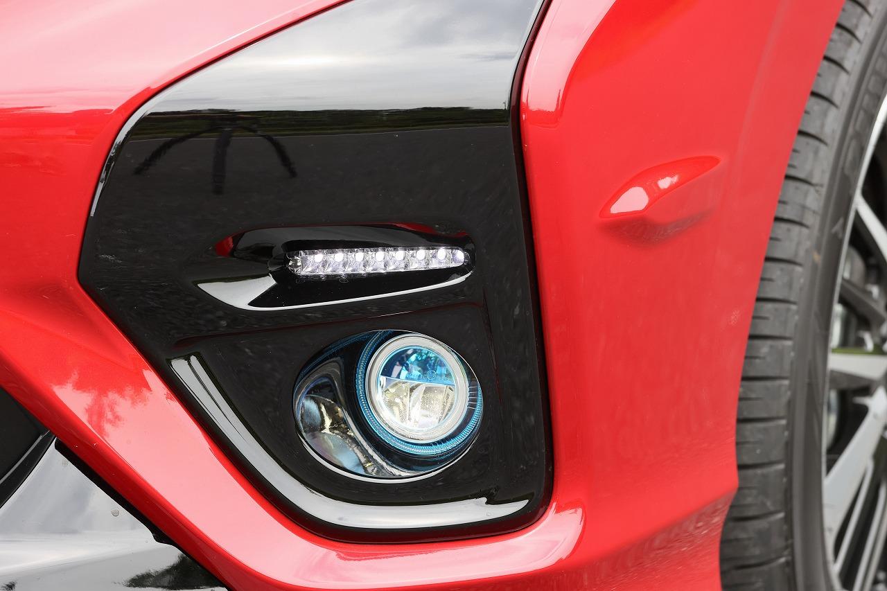 「新型フリードModulo X「3つのフィン=実効空力デバイス」による進化を飯田裕子がチェック!土屋圭市に開発秘話を聞いた!!【HONDA FREED Modulo X】」の13枚目の画像