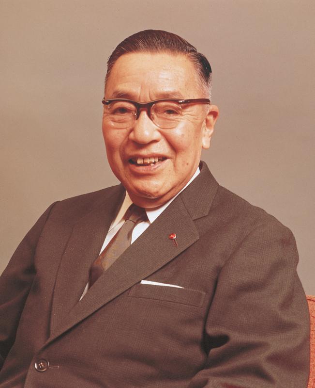 松田恒次。