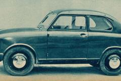 スズキ スズライト バン(1955(昭和30)年10月)。