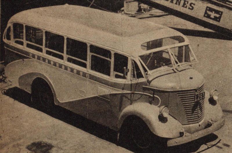 80型のバス(1938年)。