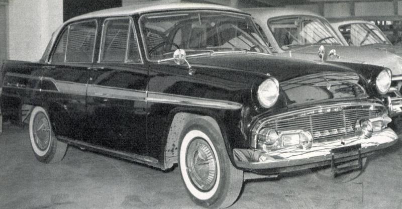 プリンス・グロリア(1959(昭和34)年2月)。