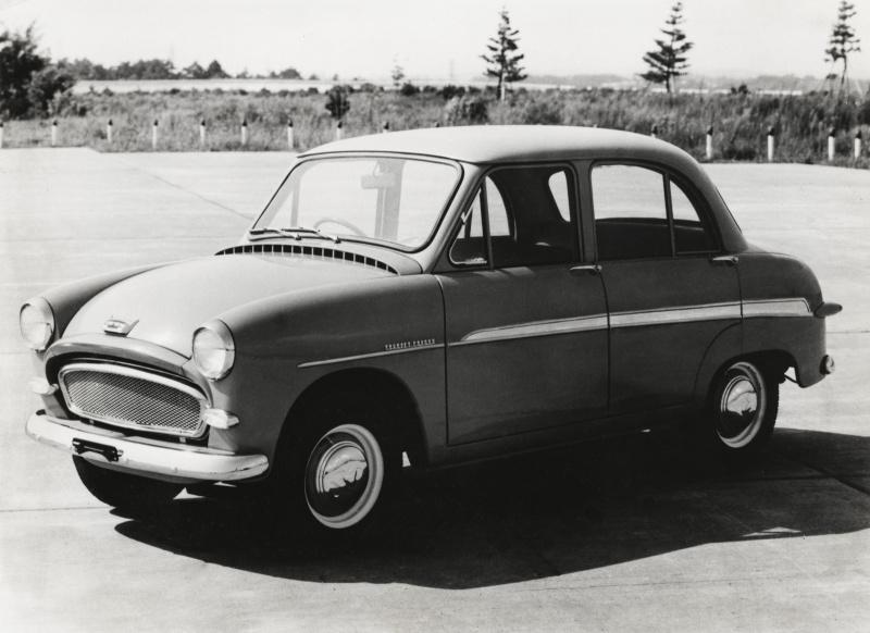 トヨペット・コロナ(1957(昭和32)年7月)。
