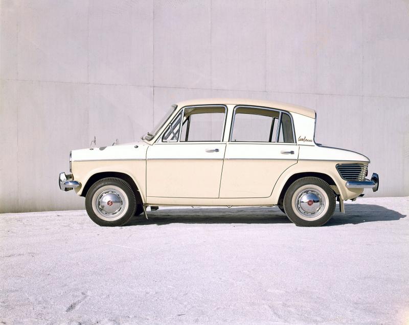マツダ・キャロル600(1962年11月)。