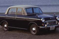 ダットサン・ブルーバード310(1959年8月)。