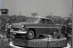 プリンス・スカイライン(1957(昭和32)年4月)。
