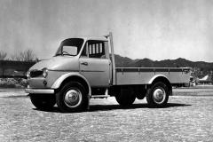 マツダDMA型「ロンパー」(1958(昭和33)年4月)。