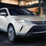 日産が新型クロスオーバーEV「アリア」のフロントエンブレムを刷新した理由とは? - Toyota_Venza