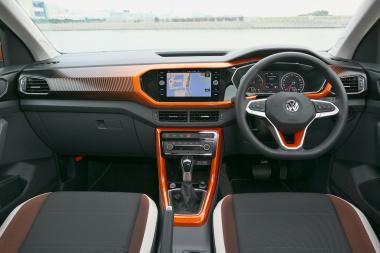 VW T-CROSSの内装01