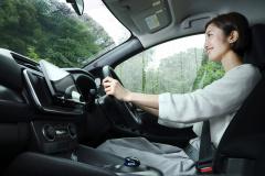 車内外で使えるタブレットAVシステム