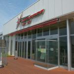 新東名高速道路・NEOPASA浜松(下り)はドッグランに併設されたカフェで、ワンちゃん用のグッズを販売【高速道路SA・PAドッグラン探訪】 - sa_dogrun_07