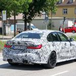 メガグリルが完全露出! BMW M3次期型、9月デビューへ - BMW M3 less camo 8
