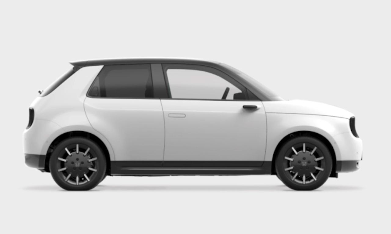 「「Honda e」は後輪駆動による小気味よい走りで新時代のシティコミューターを目指す」の2枚目の画像