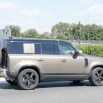 「ランドローバー ディフェンダー、600馬力のV8モデルを発売へ。開発車両をキャッチ!」の11枚目の画像ギャラリーへのリンク
