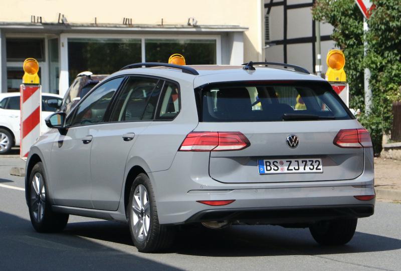 VW ゴルフ ヴァリアント_009