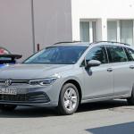 右ハンドルモデルを見つけた!新型 VWゴルフ ヴァリアント、パワートレインはどうなる? - Volkswagen Golf Variant 2