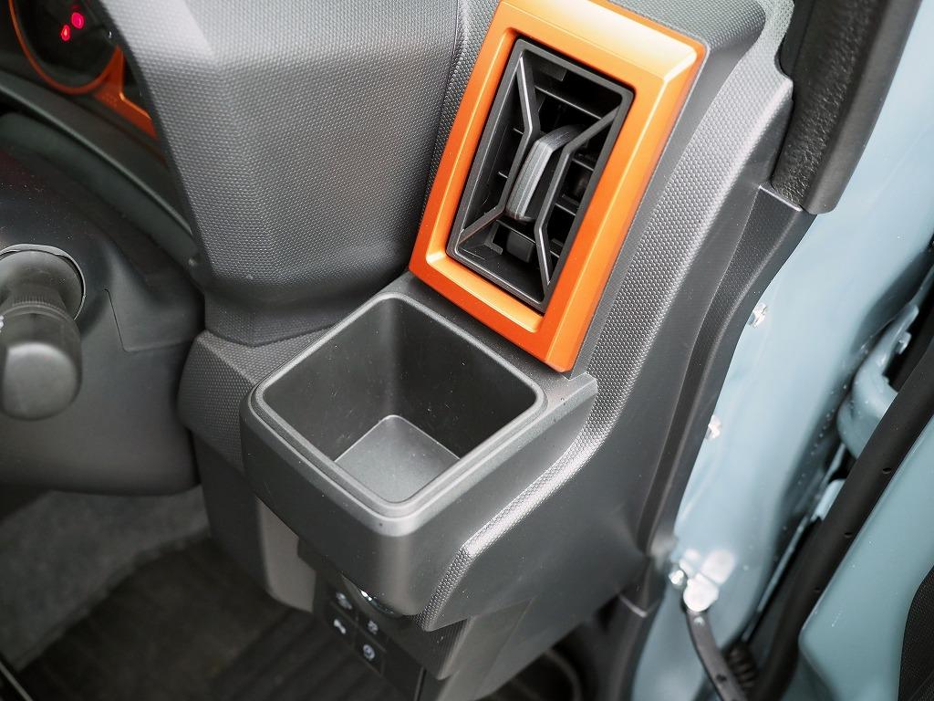 「タフトのインテリアコーディネートは雰囲気作りが完璧!ただしシート性能には課題あり!?【新型車インプレッション・内装編】」の5枚目の画像