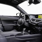 トヨタのEVはレクサス「UX 300e」だけじゃない!「C‐HR」のEV化で電動化を加速 - Lexus_UX300e