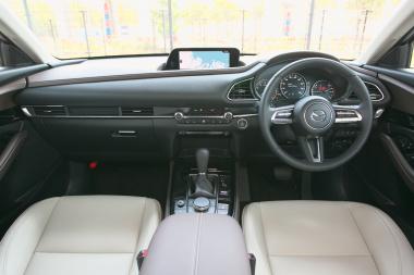 中古車で買える国産SUV18