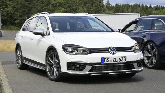 VW ゴルフR ヴァリアント_002