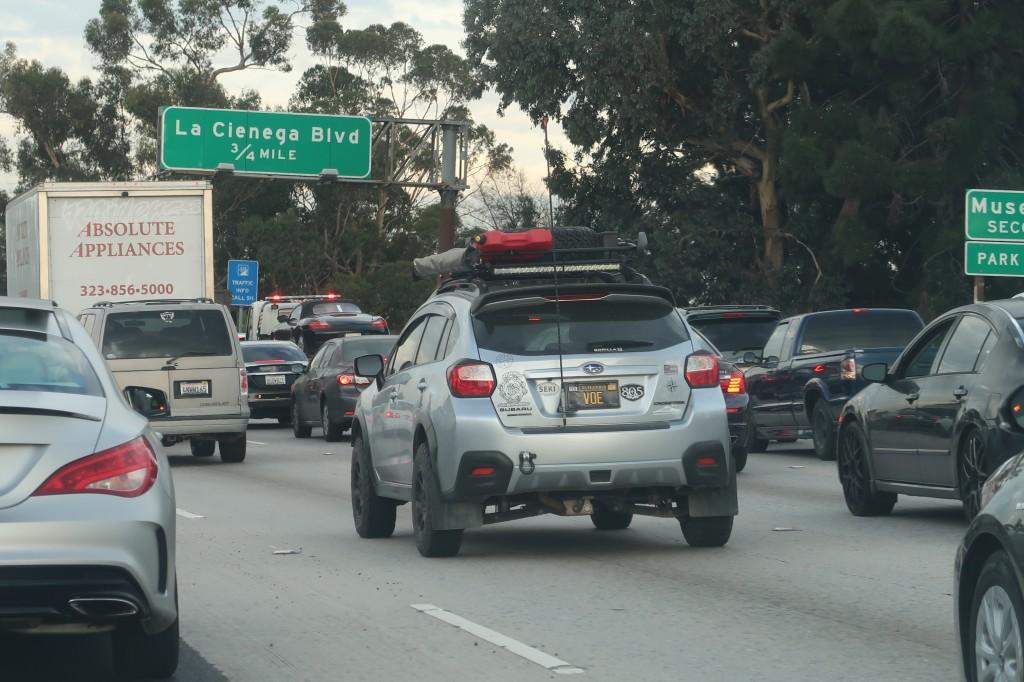 「車高も気分もアゲアゲ。カリフォルニアで見かけた珍しいSUBARU車カスタム・2選」の2枚目の画像