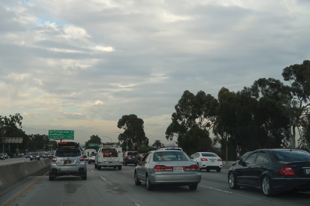 「車高も気分もアゲアゲ。カリフォルニアで見かけた珍しいSUBARU車カスタム・2選」の4枚目の画像