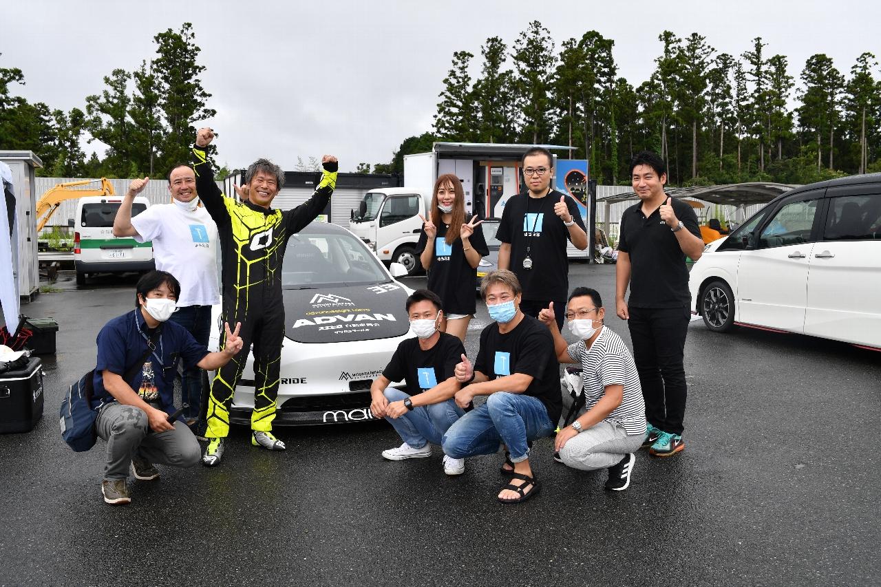 笑顔のTAKAさんチーム