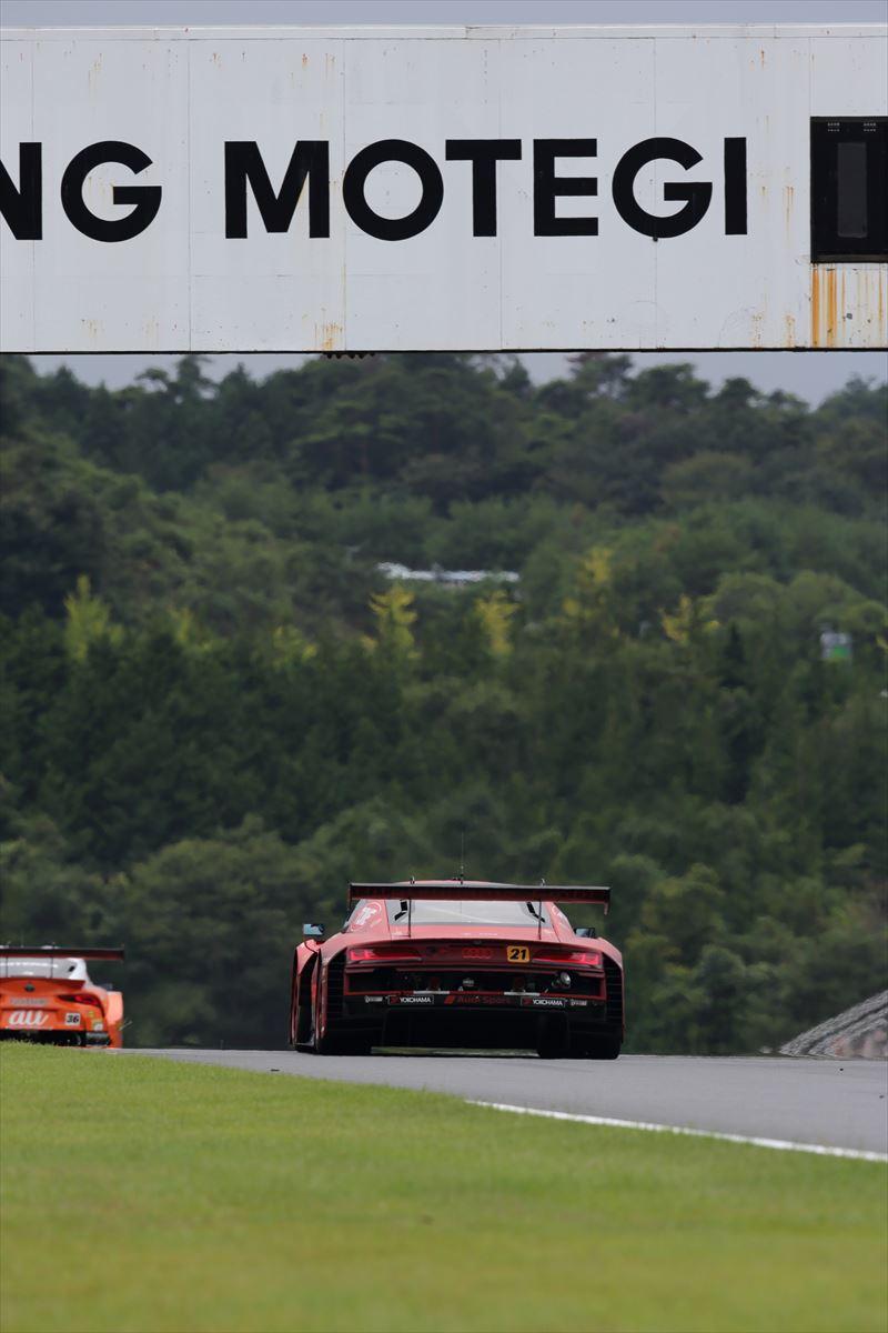 「予選13位からの大逆転! 第4戦もてぎでLEON PYRAMID AMGがタイヤ無交換で優勝【SUPER GT 2020】」の16枚目の画像