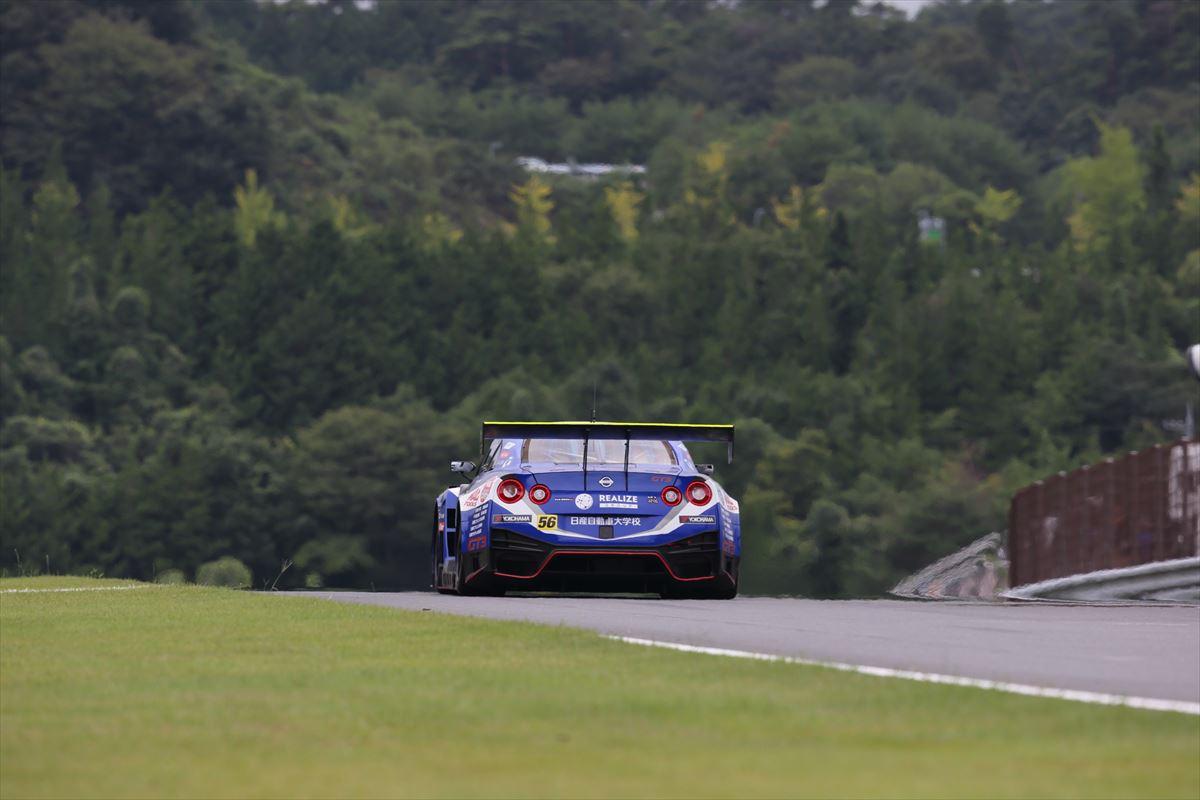 「予選13位からの大逆転! 第4戦もてぎでLEON PYRAMID AMGがタイヤ無交換で優勝【SUPER GT 2020】」の17枚目の画像