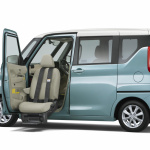 三菱eKクロス スペース、eKスペースに福祉車両の助手席ムービングシート仕様車を設定【新車】 - MITSUBISHI_eK_X_space_eK_space_20200917_1