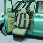 三菱eKクロス スペース、eKスペースに福祉車両の助手席ムービングシート仕様車を設定【新車】 - MITSUBISHI_eK_X_space_eK_space_20200917_2