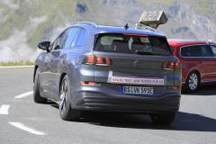 VW ID.6_008