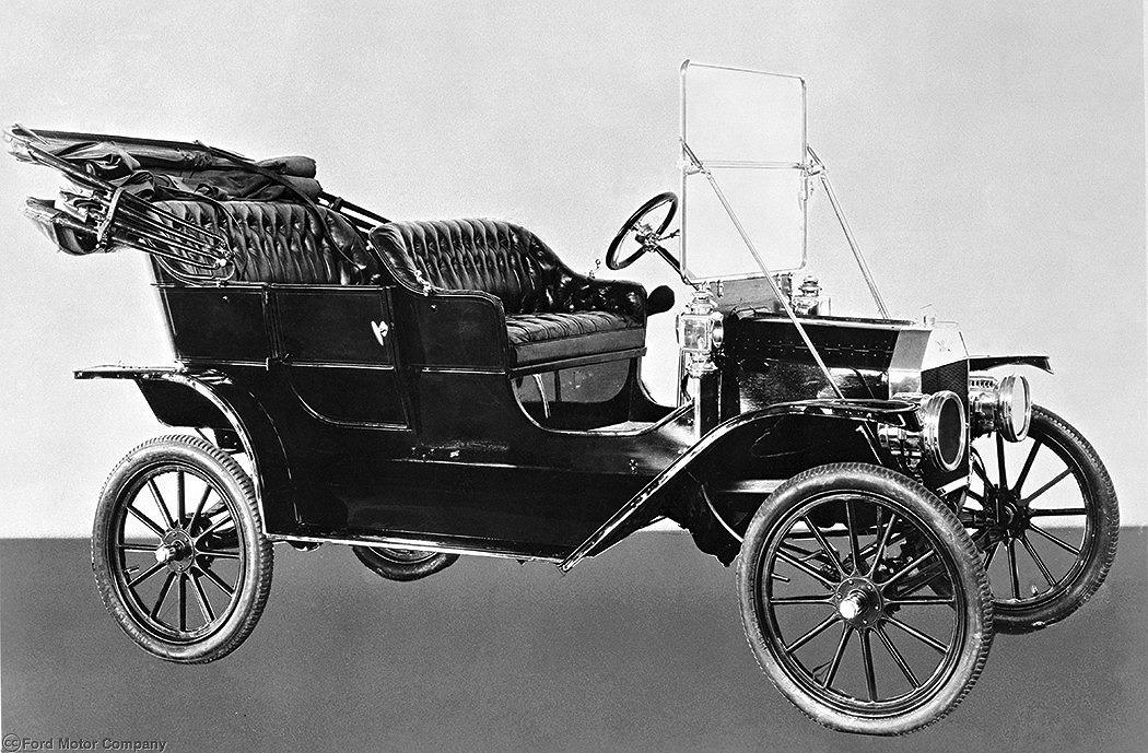 フォード・モーターの歩み:20世紀の自動車黎明期と成長期を牽引した米国メーカー【自動車用語辞典:海外の自動車メーカー編】