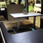 堅牢なアルミフレームの台座を使い、快適な寝心地を提供【最新キャンピングカー(軽キャンパー編)】 - campingcar_rakunerurest_20200930_4