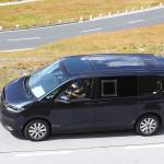 中まで丸見え! VW次世代バス「T7」、PHEVプロトをスクープ - Volkswagen T7 Multivan 28