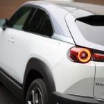 「タイヤは3輪でもいい!?」マツダの挑戦作・新型MX-30はゼロからのスタートで開発された - MAZDA_MX-30_20201007_1