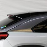 「タイヤは3輪でもいい!?」マツダの挑戦作・新型MX-30はゼロからのスタートで開発された - MAZDA_MX-30_20201007_3