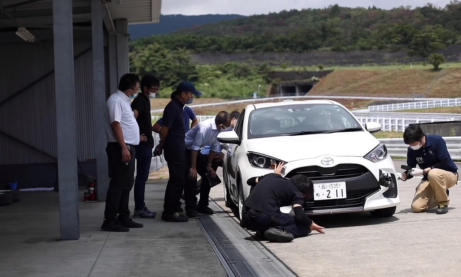 「トヨタ・ヤリスCVT・全日本ラリー参戦用清水和夫号の実走テストが始まった! エンジントルクを可視化できる解析機器とは?【SYE_X】」の3枚目の画像