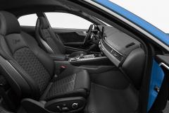 アウディ RS5クーペ スポーツバック