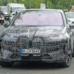 BMWのEVクロスオーバーSUV「iNext」、市販名は「i20」?「iX」? - BMW I20 iX 24