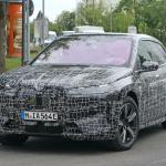 BMWのEVクロスオーバーSUV「iNext」、市販名は「i20」?「iX」? - BMW I20 iX 25