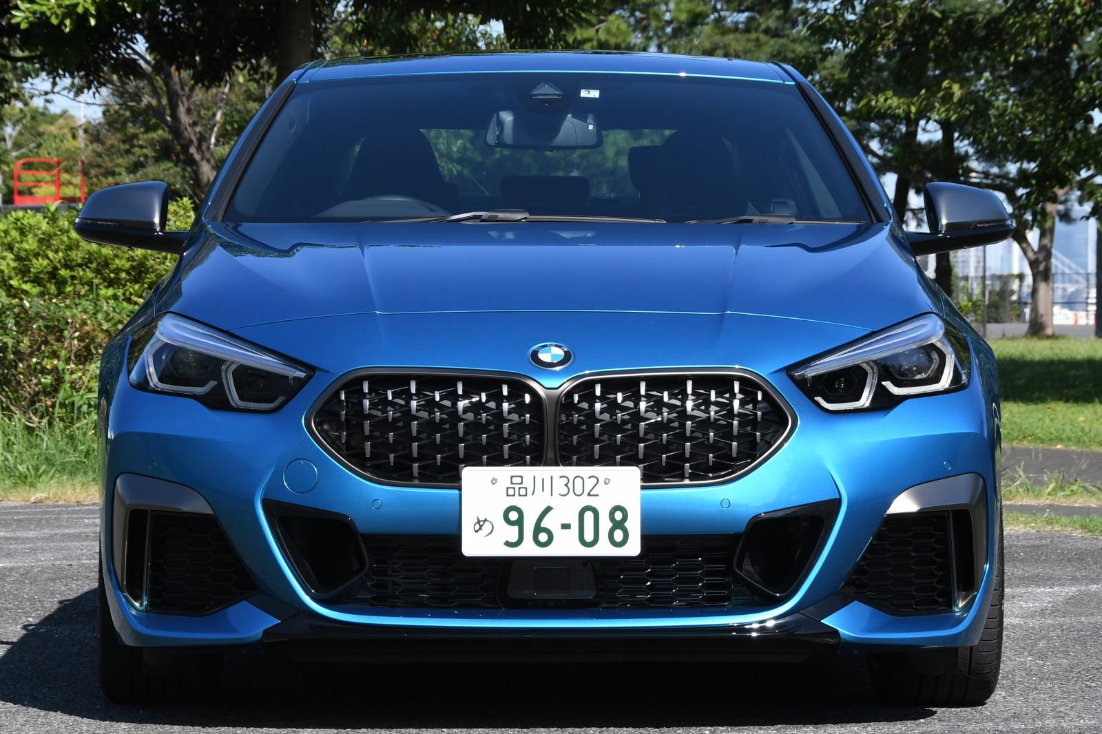 「FFベース4WDの味付けに開眼したBMW 【BMW M235i Xドライブ グランクーペ試乗】」の10枚目の画像