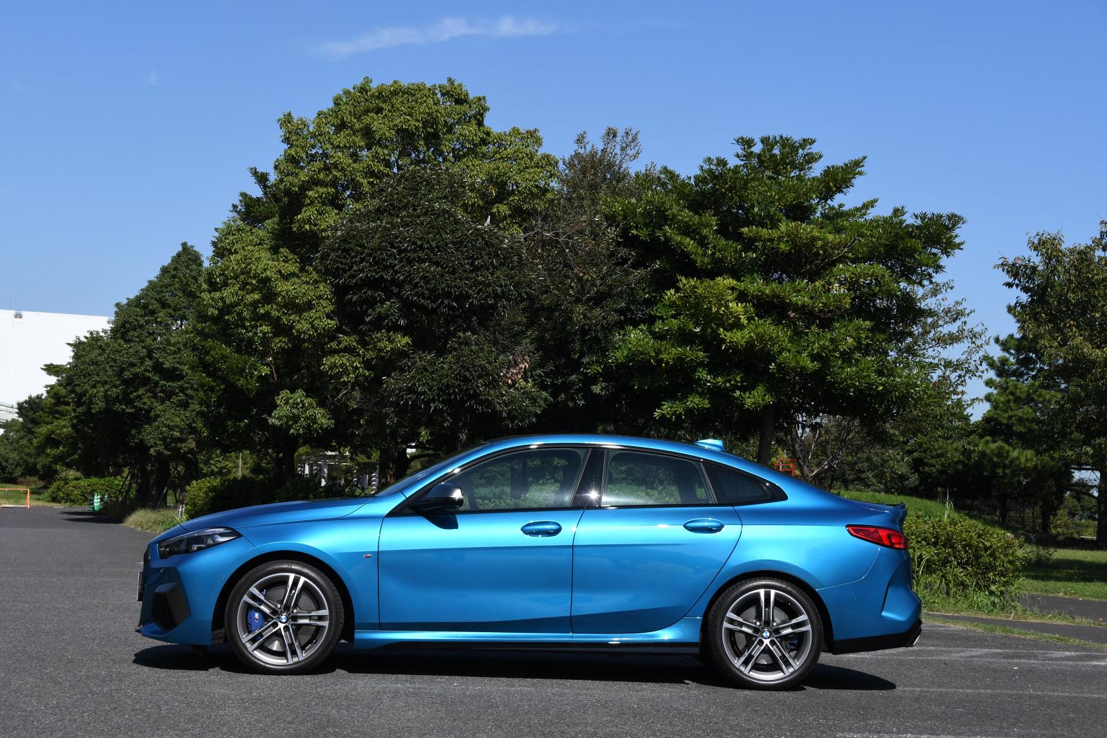 「FFベース4WDの味付けに開眼したBMW 【BMW M235i Xドライブ グランクーペ試乗】」の3枚目の画像